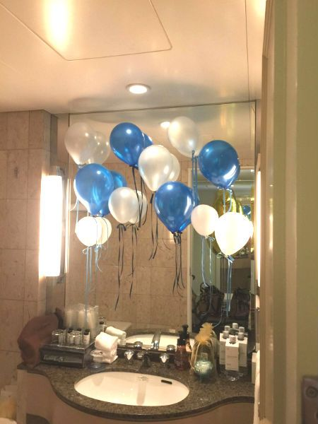ホテルの一室を サプライズのバースデーコーディネイト 楽しい 誕生日コーディネイト 手作りガーランド 風船 ガーランド 手作り フラワーコーディネーター バースデー
