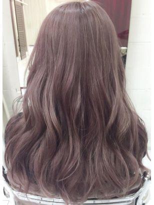 ピンクアッシュカラーロングデザインカラー無造作カール 髪色 ピンク