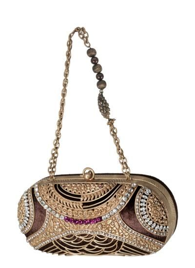Spectacular Intricately Designed Clutch by Meera Mahadevia