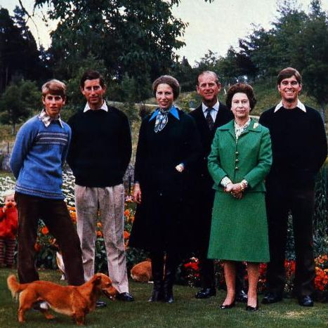 Prince Andrew Christmas Card 2020 All the Royal Family Christmas Cards Over the Years in 2020