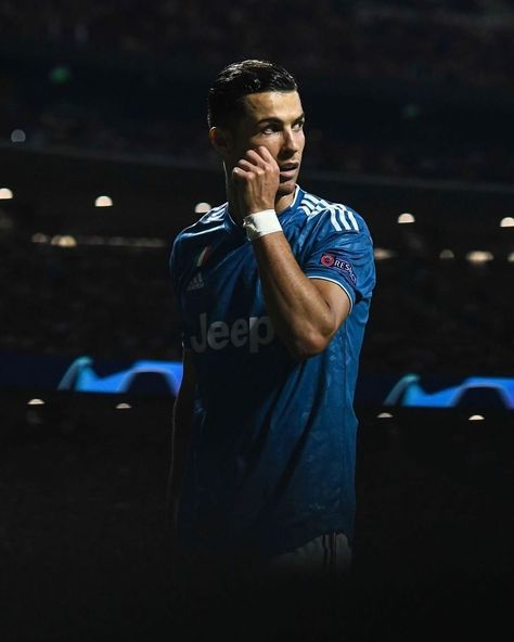 "TimeRonaldo • Cristiano on Instagram: ""UEFA Champions League winners this decade🥇 Legend Cristiano (4 titles)  FC Barcelona (2 titles)  Bayern Munich (1 title) Chelsea FC (1…"""
