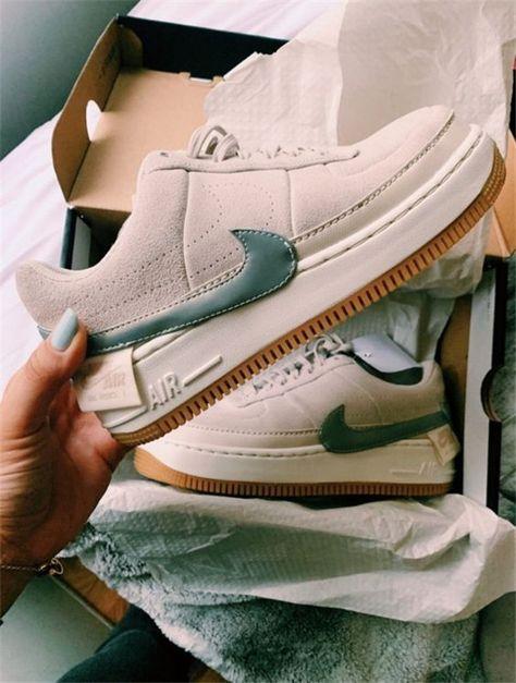 21 Comfortable and Stylish Nike Shoes to Shine