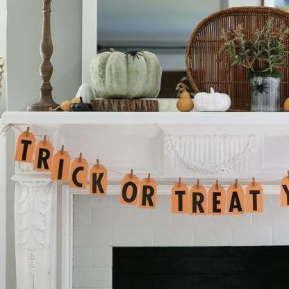 Check Out 31 Diy Halloween Decoration Ideas That Are Simple And Easy To Do Decorating On A Budget Diy Halloween Decorations Halloween Door Decorations