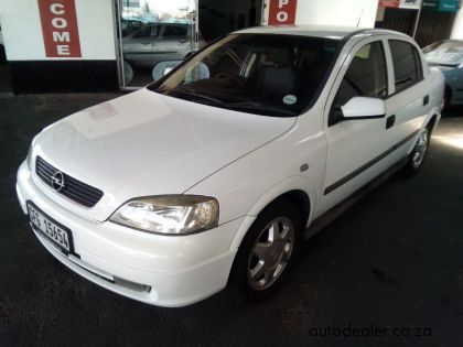 Price And Specification Of Opel Astra 1 6 Cde For Sale Http Ift Tt 2fngbbp Opel Used Cars Maybach