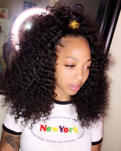 New Snap Shots Half up half down hair weave Style In your wedding event, you should seem the prettiest coming from head to toe, as customer eyes will Hair Ponytail Styles, Weave Ponytail Hairstyles, Baddie Hairstyles, My Hairstyle, Curly Hair Styles, Natural Hair Styles, Black Hairstyles, 2015 Hairstyles, School Hairstyles