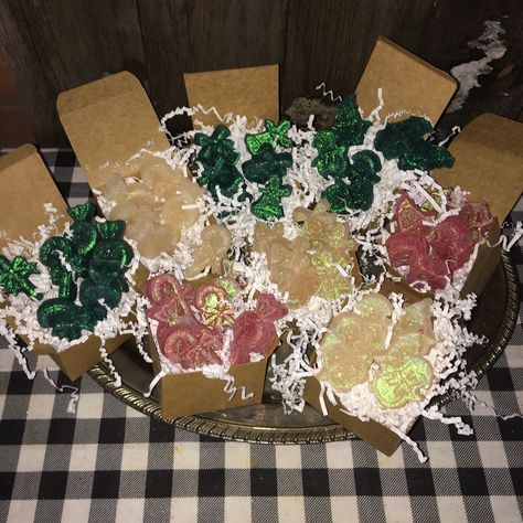 Excited to share this item from my #etsy shop: Christmas Scented Wax Melts Gift Boxes / Several Fragrances Available! Shapes:(bells/candy/penguins) #vanillafrankincense #woodlandeggnog #freshlinencinnamon #fragrancegift #homefragrance #scentedwaxmelt #christmasgiftset #christmasscents #christmaswaxmelts