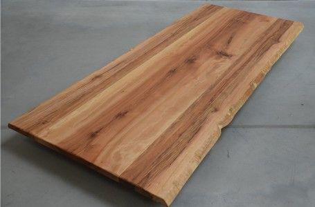 Schreibtischplatte massivholz  Nussbaum Esstisch massiv 6cm astfrei | Basslet Wood | Pinterest ...