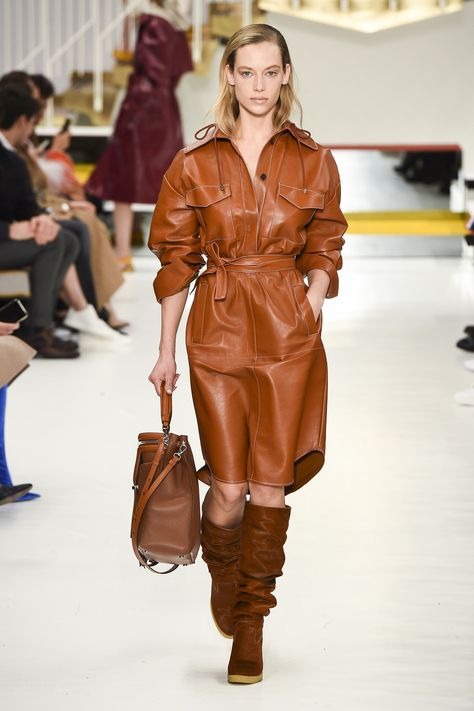 Tod's Fall 2018 Ready-to-Wear Fashion Show Collection