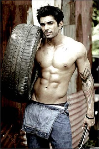 karan singh grover tattoo images galleries with a bite. Black Bedroom Furniture Sets. Home Design Ideas
