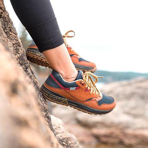 Keen Womens Gypsum II Mid Waterproof Boot | Womens