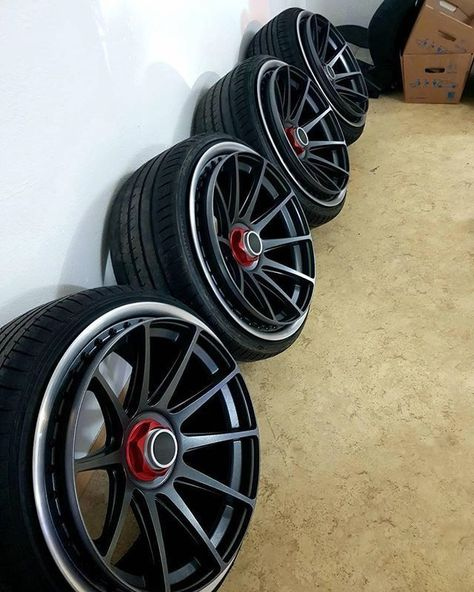 Look at this crazy extension - Custom wheels cars - #cars #Crazy #custom #Customwheelscars #extension #wheels