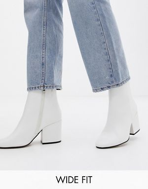 ASOS DESIGN Wide Fit Eve ankle boots