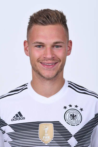 Luxurius Wow Joshua Kimmich Frisur Haarefrisurenstil In 2019 Fc