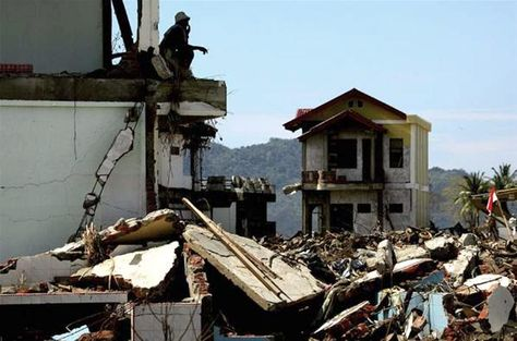 foto tragedi tsunami aceh 8 tahun silam aceh tourism and culture my style pinterest tourism and culture