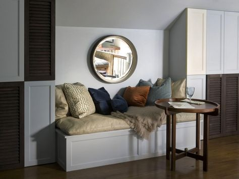 Reading and Storage Nook. We want to curl up right there with a good book. #home #decor