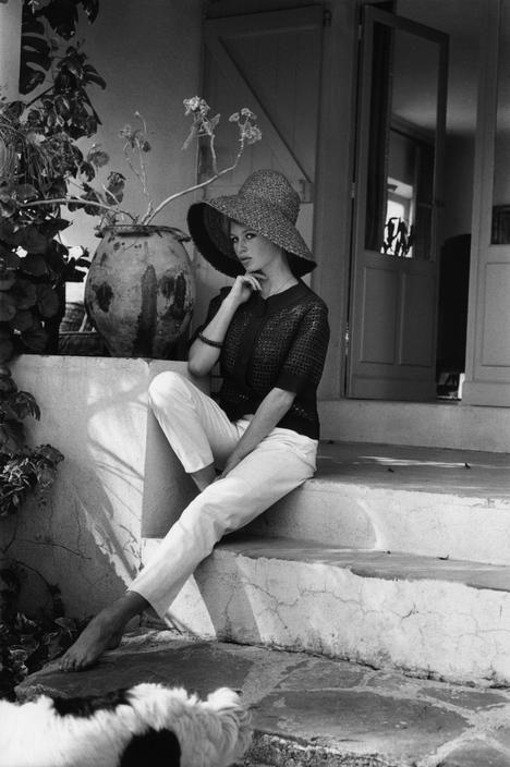 Brigitte Bardot, photographed at home in St. Tropez, 1960. Photo: Nicolas Tikhomiroff (lapitiedangereuse)