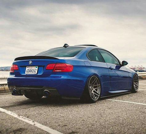 Bmw E92 3 Series Blue Slammed Bmw Bmw Wallpapers Bmw Cars