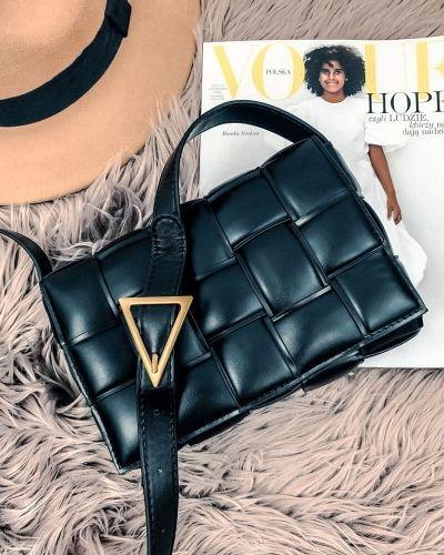 Pikowana Torebka Listonoszka Czarna Shoulder Bag Louis Vuitton Twist Louis Vuitton Twist Bag