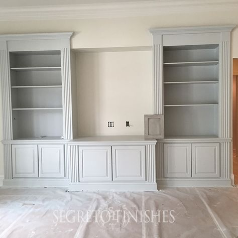 The cabinet was painted one of our favorite French blue tones – Sherwin-Williams Front Porch!