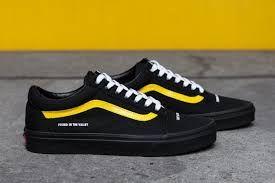 black vans yellow stripe | Yellow vans