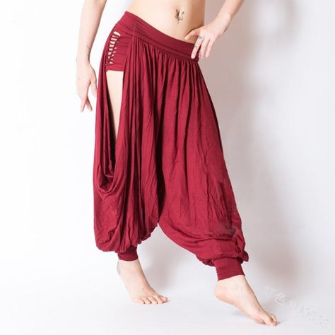 Women Medieval Renaissance Sexy Pirate Viking Costume Loose Beach Capris Band Trouser Harem Pants ->Adult Plus Sizes Available Belly Dance Outfit, Belly Dance Costumes, Mens Viking Costume, Dance Outfits, Cool Outfits, Character Outfits, Costume Design, Dance Wear, Designer Dresses