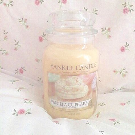 Image in ☯ room ☯ collection by baby girl on We Heart It ♡ Breakfast at Shawna's ♡ Princess Aesthetic, Pink Aesthetic, Scented Candles, Candle Jars, Yankee Candles, Cute Candles, Pink Home Decor, Strawberry Milk, Just Girly Things