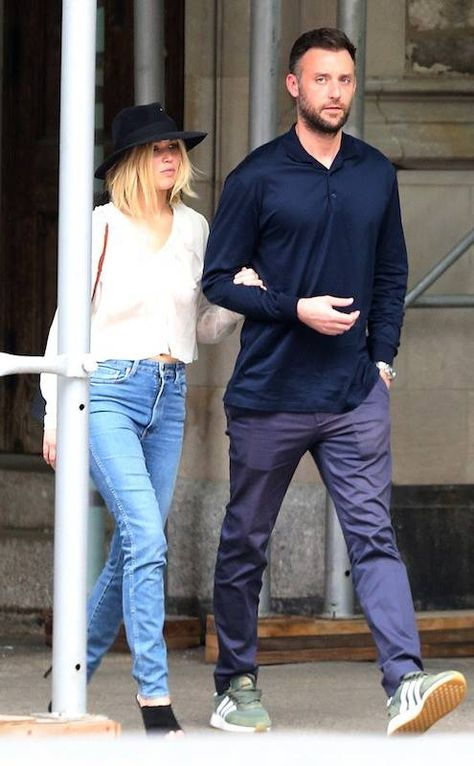 Jennifer Lawrence Holds Boyfriend Cooke Maroney Close in New York City | E! News