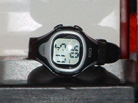 Pre Owned Cg 111m Sport Digital Quartz Watch Quartz Watch Digital Watches