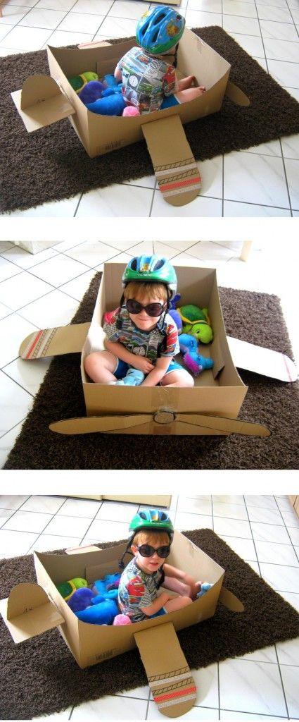Diy Cardboarding Wir Bauen Ein Flugzeug Mit Propeller Aus