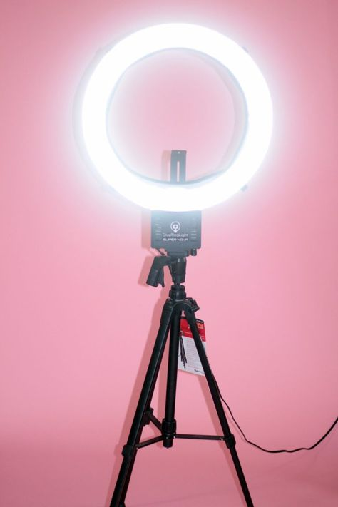 Super Nova Diva Ring Light I really like the photo 💜💕💕💜 Diva Ring Light, Light Ring, Diva Light, Cheap Ring Light, Makeup Ring Light, Studio Ring Light, Photography Equipment, Photography Tips, Ring Light Photography