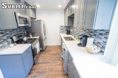 2 Bedroom Apartment To Sublet In West Los Angeles Los Angeles