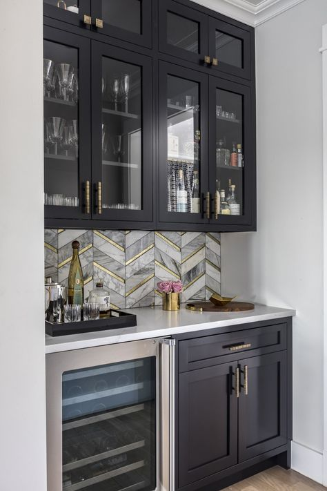 A small contemporary single-wall light wood floor kitchen pantry remodel in New York with shaker cabinets, black cabinets, quartz countertops, mosaic tile backsplash and stainless steel appliances. Home Decor Kitchen, Home Bar Designs, Kitchen Remodel, Bars For Home, Home Kitchens, Home Decor, Home Remodeling, Kitchen Design, Home Wet Bar