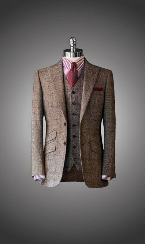 """everybodylovessuits: """" Such a great piece of old school. Knitted tie would hav. everybodylovessuits: """" Such a great piece of old school. Knitted tie would have been better than normal but still. Tweed Suits, Mens Suits, Groom Suits, Navy Suits, Groom Attire, Sharp Dressed Man, Well Dressed Men, Suit Fashion, Mens Fashion"""