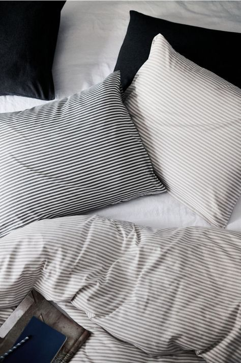 Jersey Duvet Cover Set Light Taupe Striped Home All H M Us Striped Bed Sheets Taupe Bedding Duvet Cover Sets