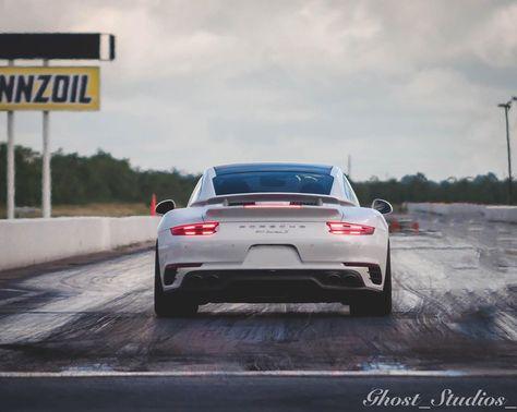 Weekend ready . . . . . . . . . . . . . . . . . . . . .  #porsche #gt #ferrari #bmw #cars #lamborghini #audi #rs #mercedes #car #supercars #supercar #turbo #carrera #carsofinstagram #s #mclaren #carporn #luxury #aircooled #amg #racing #carswithoutlimits #bugatti #porschegt #porscheclub #ford #luxurycars #bentley #bhfyp