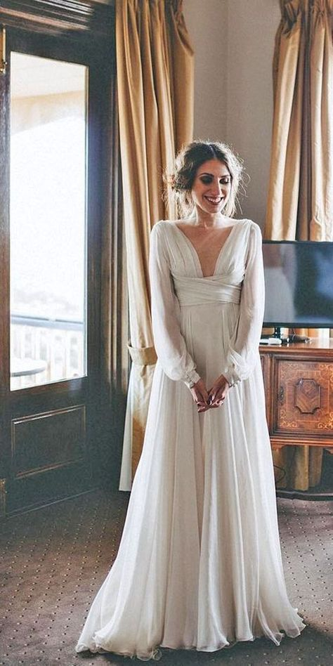 Pin By Samantha Underwood On Stunner Wedding Dress Long Sleeve Backless Lace Wedding Dress Wedding Dresses Simple