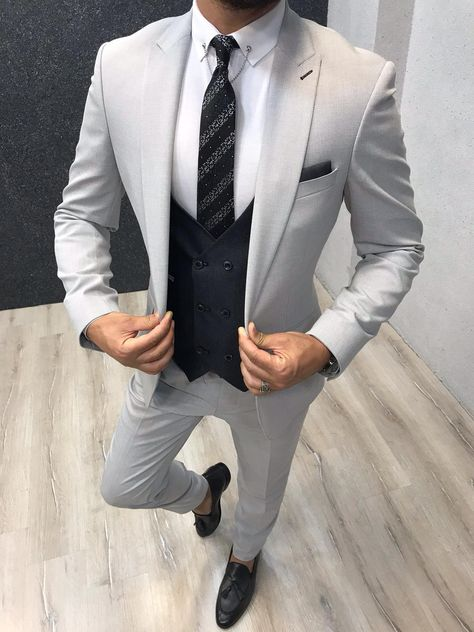Collection: Spring Summer 2019 Product: Slim-Fit Wool Suit Color Code: Gray Size: Suit Material: wool royal lycra Machine Washable: No Fitting: Slim-fit Package Include: Jacket Vest Pants Only Gifts: Shirt Chain and Neck Tie Blazer Outfits Men, Mens Fashion Blazer, Suit Fashion, Fashion Menswear, Best Suits For Men, Cool Suits, Mens Suits, Grey Slim Fit Suit, Mens Slim Fit Suits