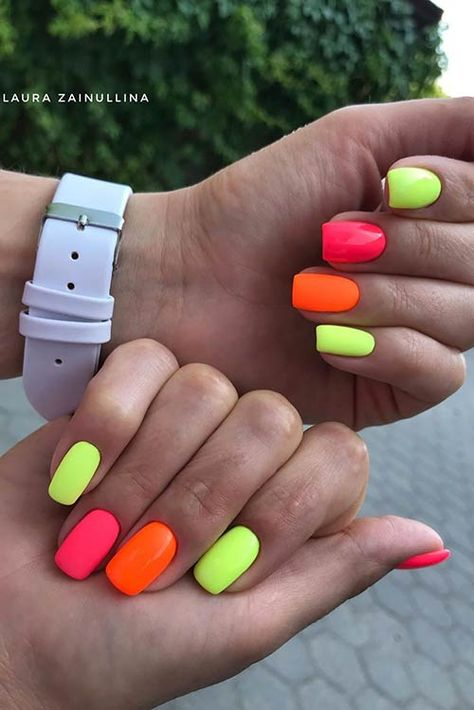 43 Colorful Nail Art Designs That Scream Summer Summery Nails, Bright Summer Acrylic Nails, Best Acrylic Nails, Bright Colored Nails, Different Color Nails, Nail Colors For Summer, Crazy Summer Nails, Two Color Nails, Bright Acrylic Nails