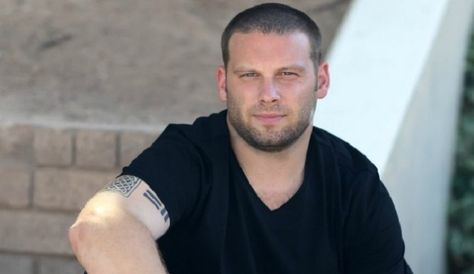 Former NFL star Keith O'Neil has publicly disclosed his struggle with bipolar disorder and has been able to raise public awareness and provide help to others
