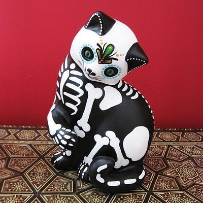 Thrift Store Cat Sculptures Made Into Day Of The Dead Art By