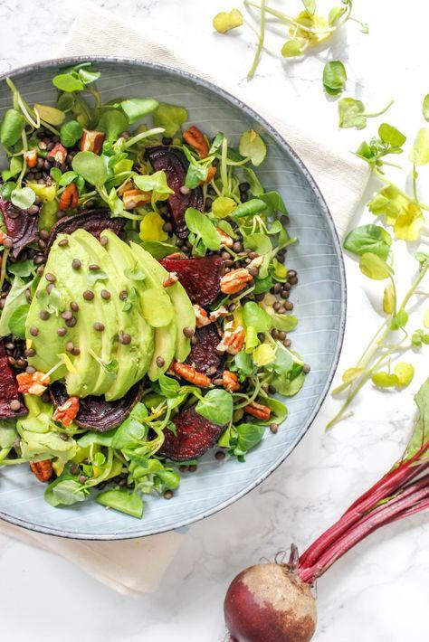 Brunnenkresse, Rote Beete und Avocado Salat mit Beluga Linsen