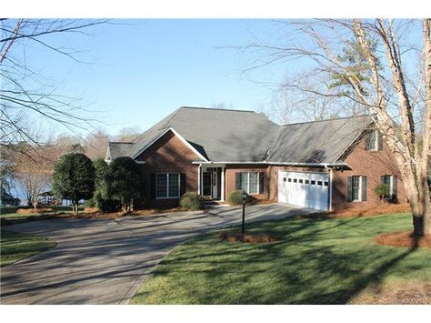 172 Marietta Rd Mooresville Nc 28117 795 000 Listing 3142529 See Homes For Sale Information School Districts Neighborh House Styles House Mooresville
