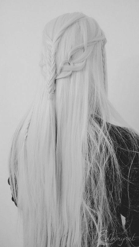 Long White Hair, Grey Hair, Peinados Pin Up, Dark Elf, Throne Of Glass, Cara Delevingne, Character Inspiration, Blonde Hair, Hair Color