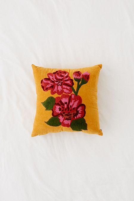 Round Pintuck Pillow Velvet Throw Pillows Velvet Throw Throw Pillows