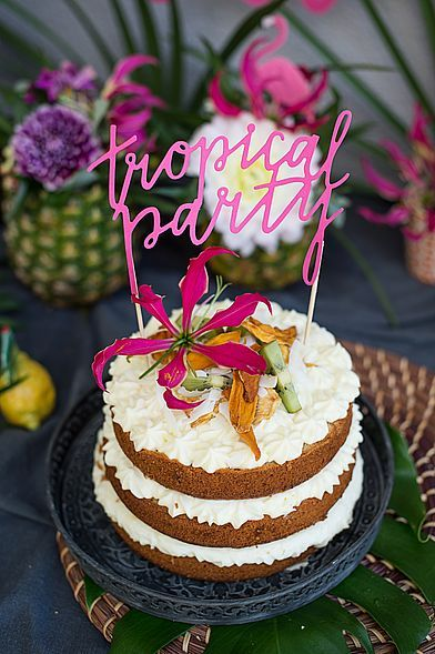 Tropische Pina Colada Torte Torte Rezept Backen Tropical Aloha Ananas Mango Kokos Bluten Exotisch Topfencreme Ko Kreative Kuchen Pina Colada Backen