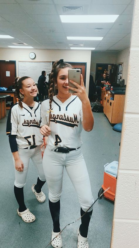See more of skyylarjohnson's content on VSCO. Softball Workouts, Softball Memes, Softball Uniforms, Softball Problems, Coaching Volleyball, Sports Uniforms, Softball Players, Girls Softball, Fastpitch Softball
