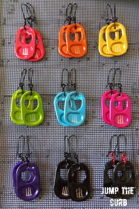 Monster Energy Tab Earrings - 9 colors available by JumpTheCurb Weird Jewelry, Cute Jewelry, Jewelry Crafts, Jewelry Accessories, Funky Jewelry, Bike Chain Bracelet, Chain Bracelets, Pop Tab Bracelet, Pop Tab Crafts