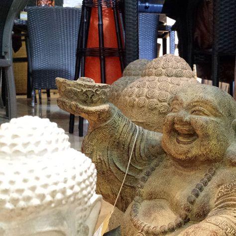 Figura de Buda de la Suerte. Laughing Buda o Happpy Buda, són algunos de los nombres por los que encontraréis este Buda, que aportará suerte a tu hogar. www.budas.es