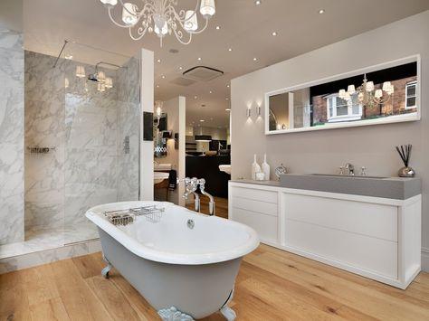 This Beautiful Vintage Style Bath Suite Was Taken At C P Hart S St Albans Showroom St Bathroom Design Contemporary Bathroom Designs Bathroom Interior Design