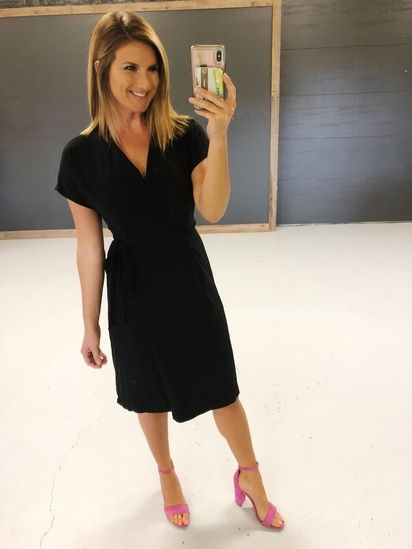 What To Wear To A Spring Or Summer Wedding The Perfect Little Black Dress For Any Event Gr Summer Black Dress Outfit Summer Work Dresses Summer Black Dress